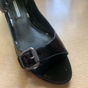 Vera Wang Lavender Label leather sandals